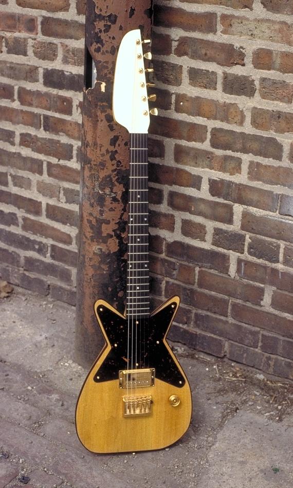 Specimen Amber Maxwell Guitar