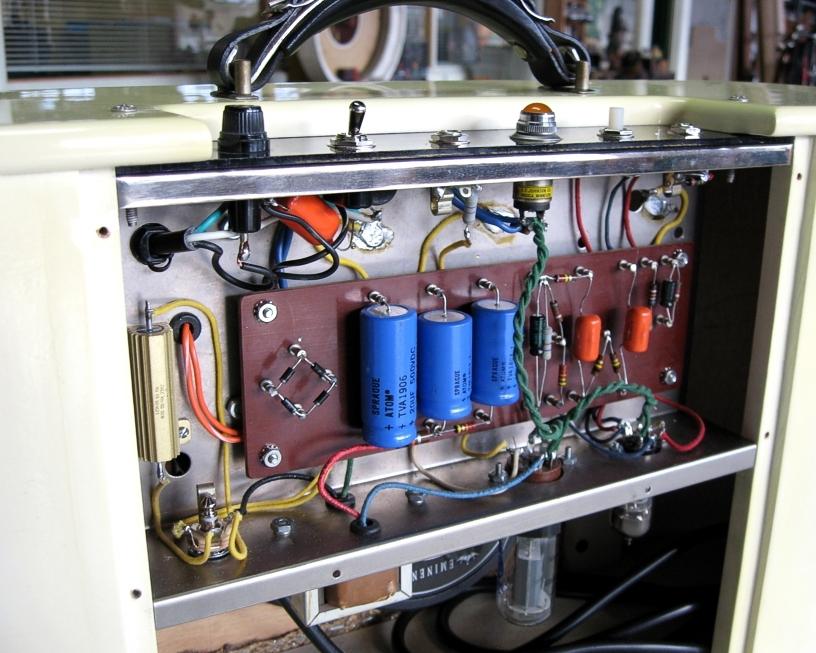 Balanced Input Output Pre Amplifier Circuit