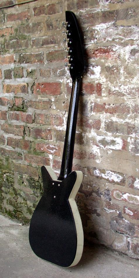 Specimen Silvertone Style Maxwell Guitar