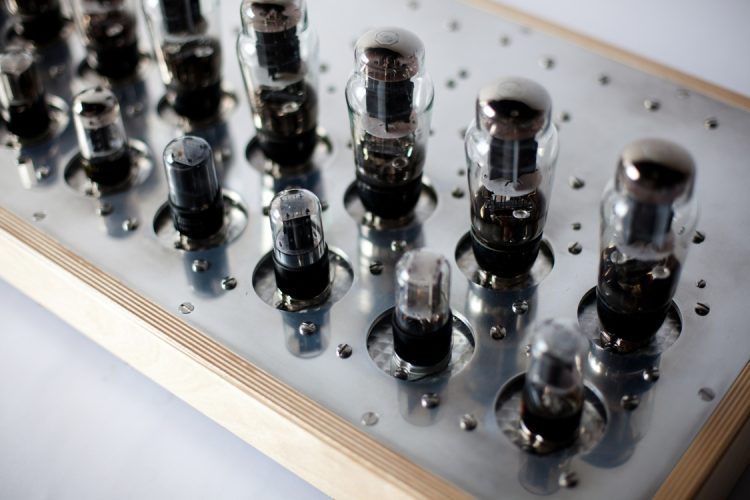 Specimen Custom Single-ended Octoblock Stereo Tube Amplifier