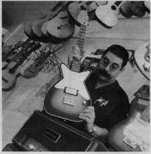 Citylink features Ian Schneller and Specimen Guitar Shop