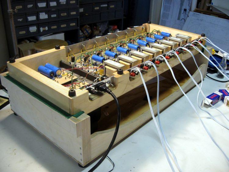 Specimen Octoblock Tube Amplifier
