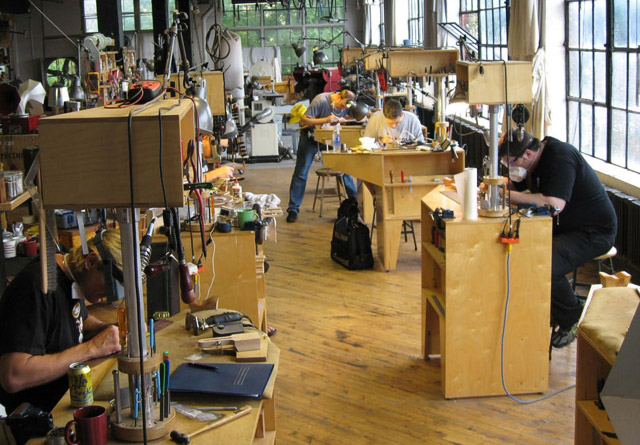 The Chicago School of Guitar Making Setup Class Homepage