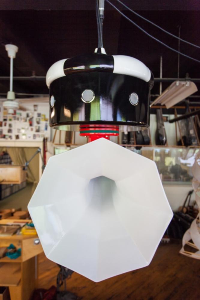 Specimen Ceiling-Mounted Spinning Double Horn Speaker