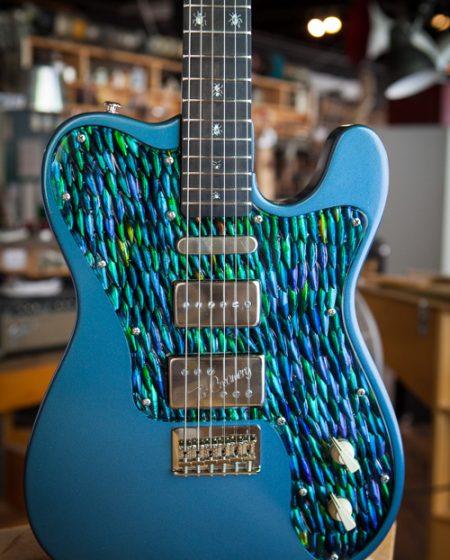Specimen Custom Guitar for Franz Ferdinand Alex Kapranos