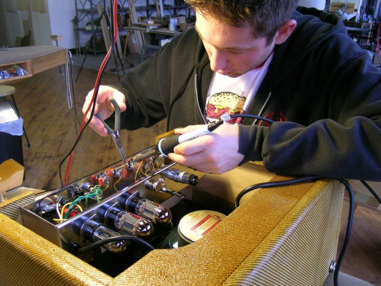 Tube Amp Making Student